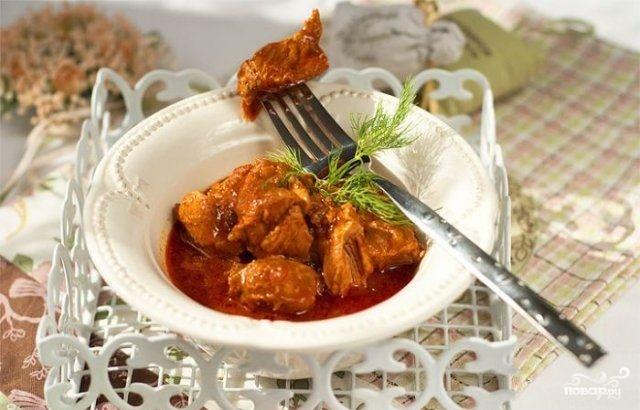 Свинина, жареная в томатном соусе